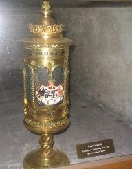Reyes de Baviera - Página 2 Herzgruft3