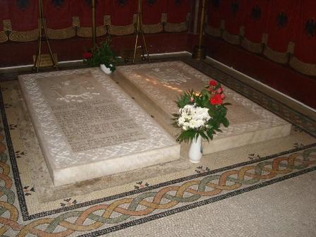 Their Graves In The Mausoleum Curtea De Arges